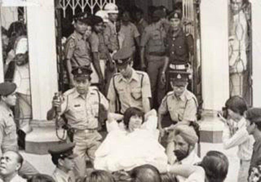 91928-他就是马来西亚七十年代的头号通缉犯!大盗莫达清!他一死,几千人为他哭泣!7