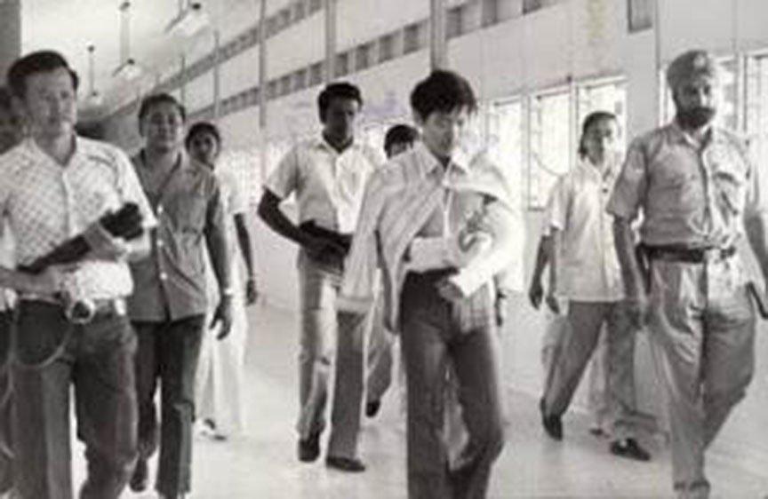 91928-他就是马来西亚七十年代的头号通缉犯!大盗莫达清!他一死,几千人为他哭泣!8