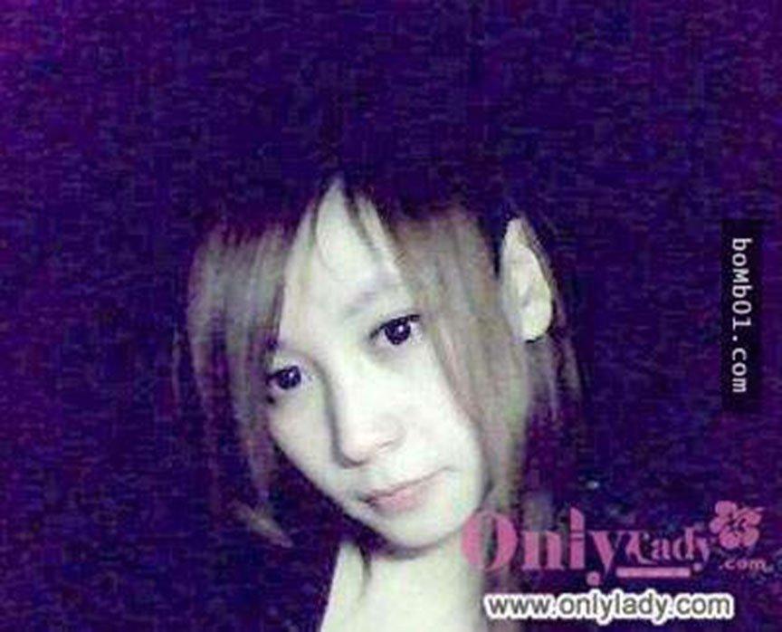 108812-这妹子P照P上瘾了-把每张照片都P成《锥子脸》像在七月看到鬼啦!9