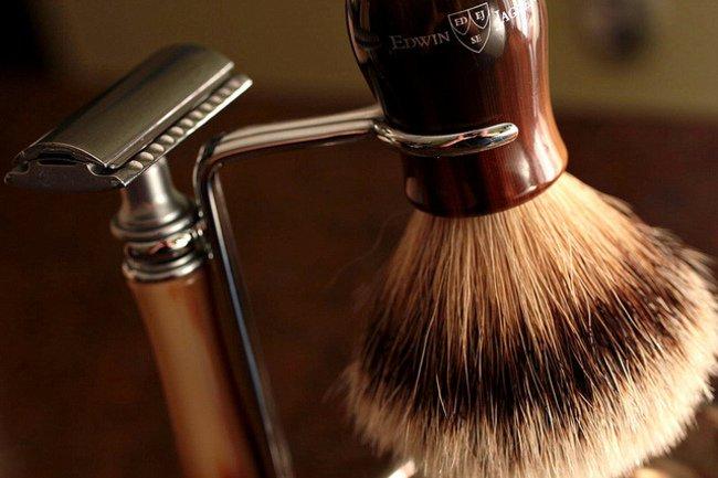 13. 昂貴的刮鬍刀