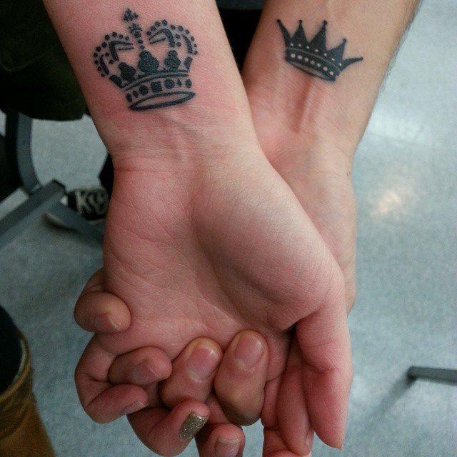 adaymag-wrist-tattoos-13 (1)