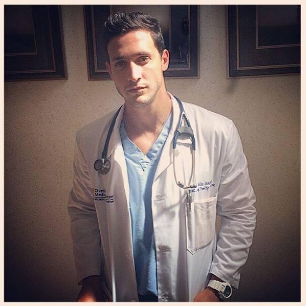 instagram @doctor.mike9