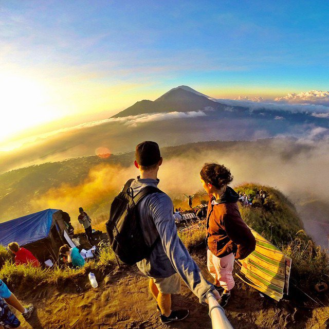 adaymag-adventurous-couples-who-travel-together-are-ultimate-relationship-goals-17