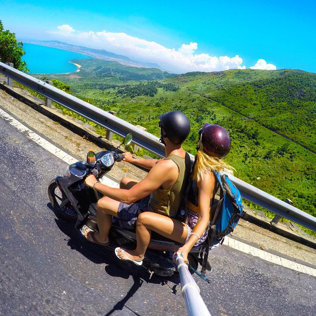 adaymag-adventurous-couples-who-travel-together-are-ultimate-relationship-goals-24