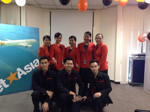Successful students with Jetstar Asia